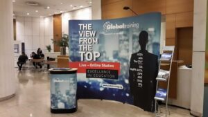 globaltraining_stand